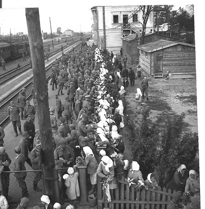 НаПолтавщині відкрили фотовиставку німецького солдата