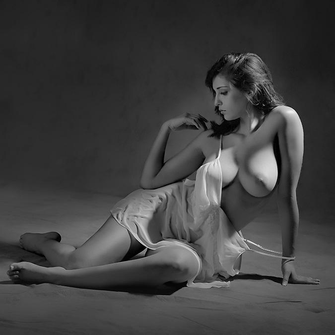 секс дамы позируют фотографу