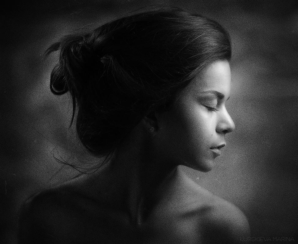 грустной девушки фото