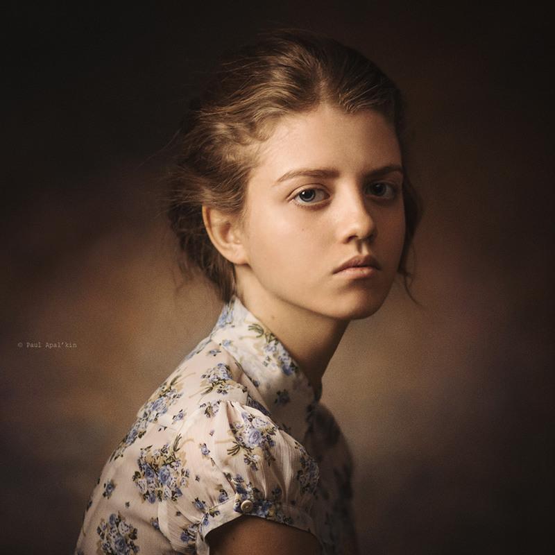 Portrait - 800×800